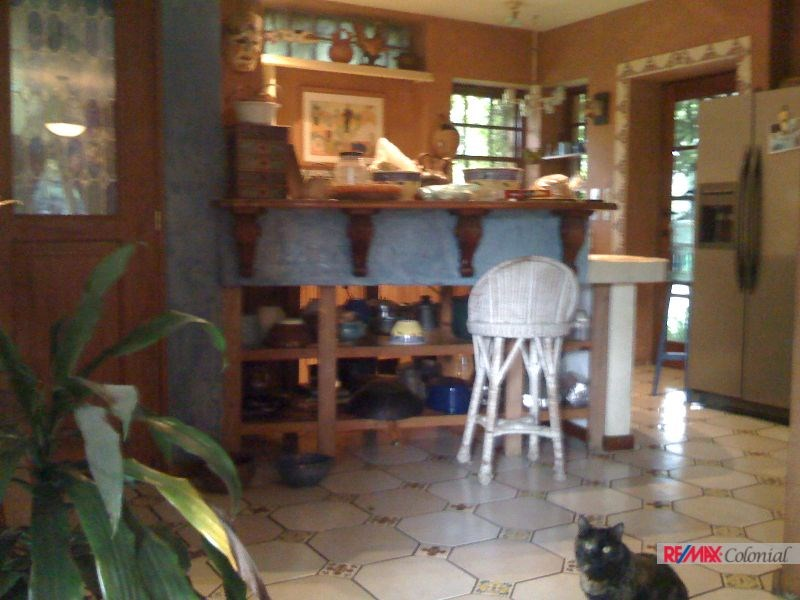 4667 BEAUTIFUL AND UNIQUE HOUSE FOR SALE IN CHIMALTENANGO (PARRAMOS)