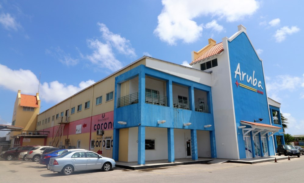 Commercial building Cumana 69