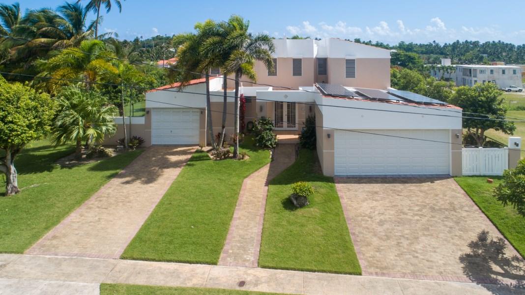 RE/MAX real estate, Puerto Rico, Vega Alta, Cerro Gordo, Vega Alta - New on the market!