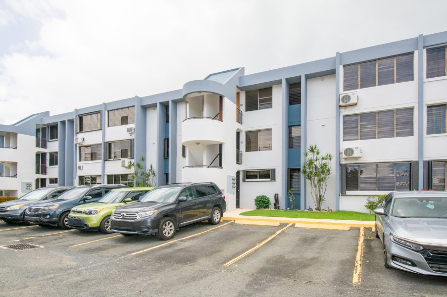 RE/MAX real estate, Puerto Rico, Bayamon, Nice Apartment - UNDER CONTRACT!