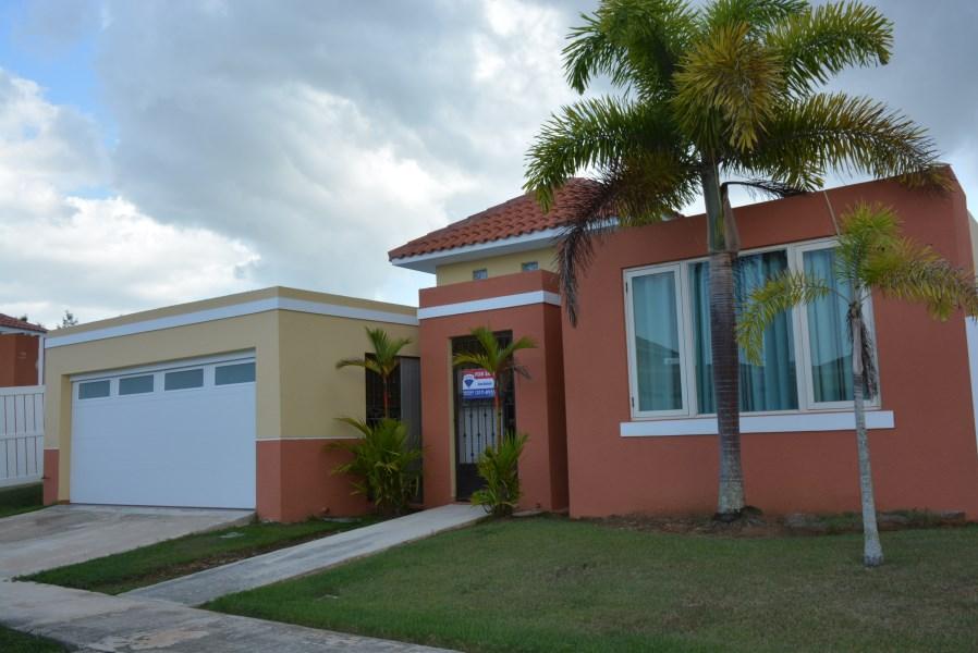 RE/MAX real estate, Puerto Rico, URB Portofino, Urb. Portofino.Mar Chiquita. NUEVA EN EL MERCADO