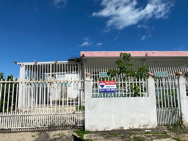 RE/MAX real estate, Puerto Rico, Toa Baja, Comunidad Villa Hostos, Toa Baja- PRICE REDUCTION!