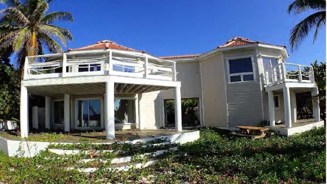 RE/MAX real estate, Cayman Islands, Cayman Brac Centr, Beach Front Home, Cayman Brac
