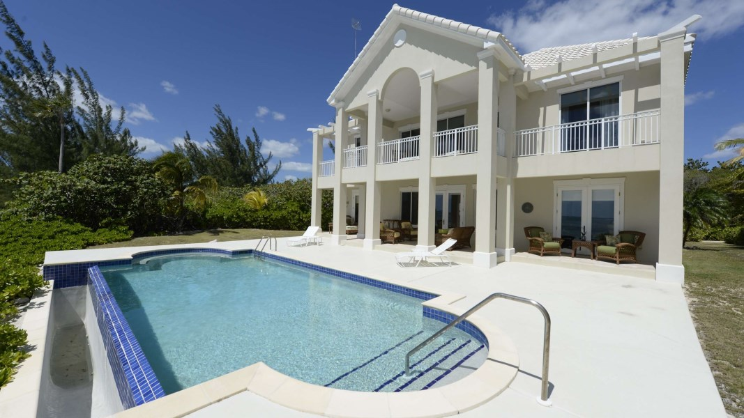 RE/MAX real estate, Cayman Islands, Midland East, Seaview Road Beachfront Home