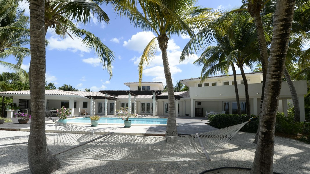 RE/MAX real estate, Cayman Islands, Prospect, Prospect Point Seafront Home