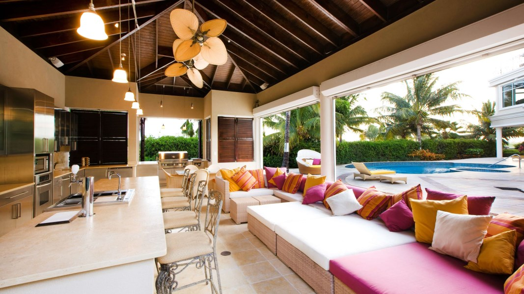 RE/MAX real estate, Cayman Islands, W Bay Bch South, Sunset Point Estate Home In Britannia and Land