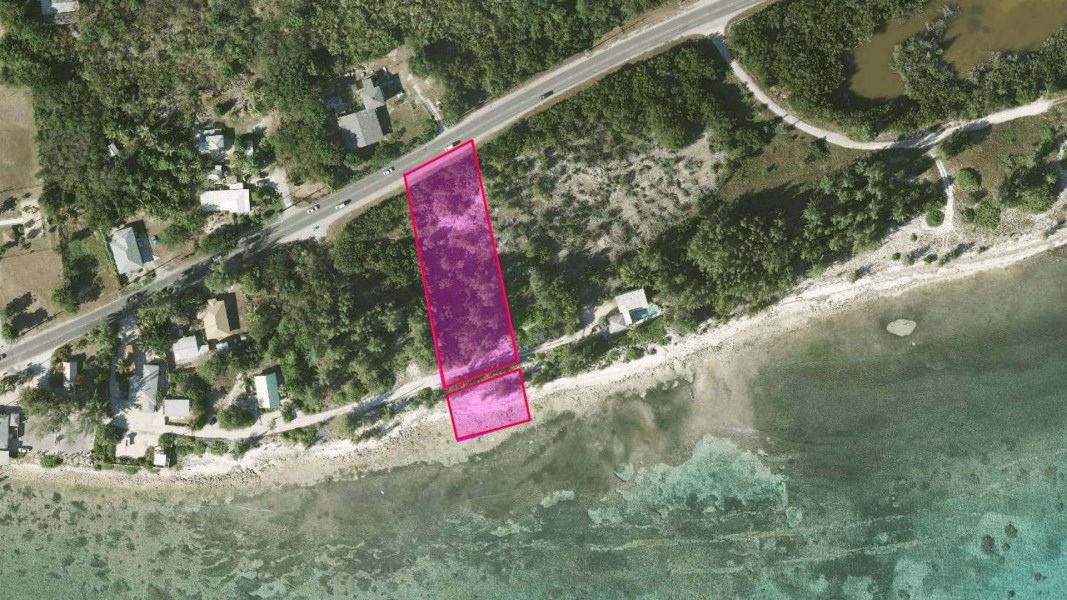 RE/MAX real estate, Cayman Islands, Breakers, Freehold - Stunning, large ocea