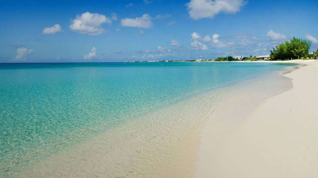 RE/MAX real estate, Cayman Islands, W Bay Bch North, Freehold - 5th floor residence,