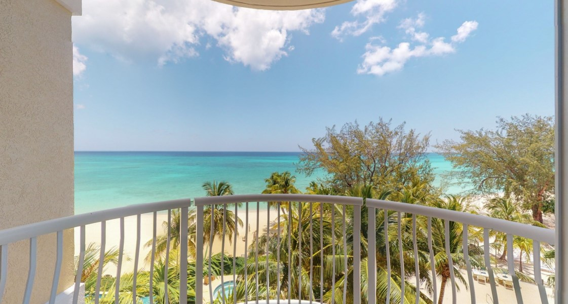 RE/MAX real estate, Cayman Islands, W Bay Bch North, Freehold - One-of-a-kind, penth