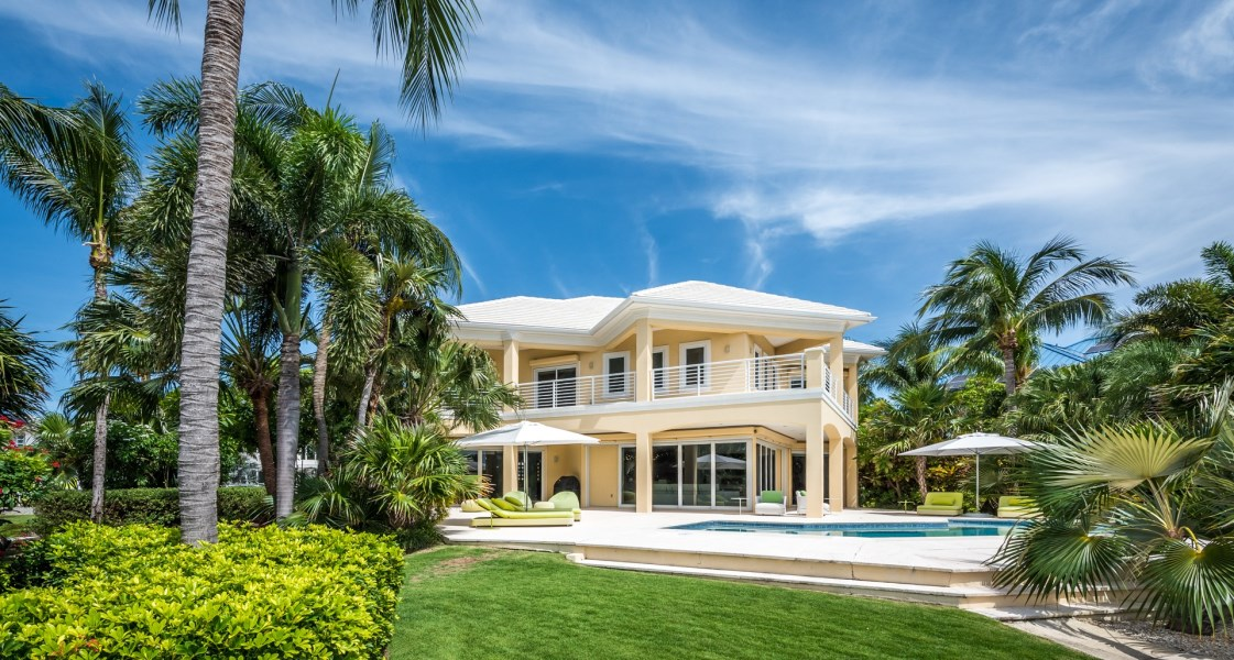RE/MAX real estate, Cayman Islands, W Bay Bch North, Leasehold - This absolutely stun