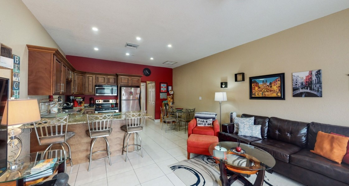 RE/MAX real estate, Cayman Islands, W Bay North East, Leasehold - Only 1 bedroom for s