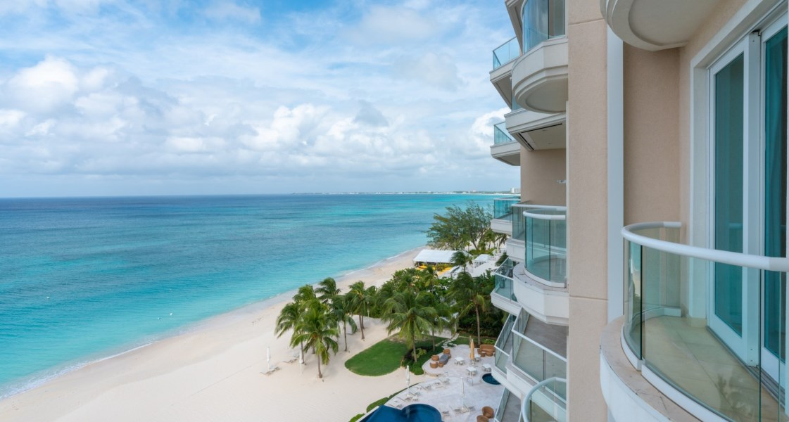 RE/MAX real estate, Cayman Islands, W Bay Bch South, Freehold - The International Pr