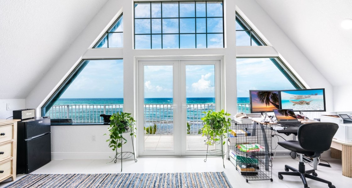 RE/MAX real estate, Cayman Islands, Rum Point, Freehold - Welcome home to Peli