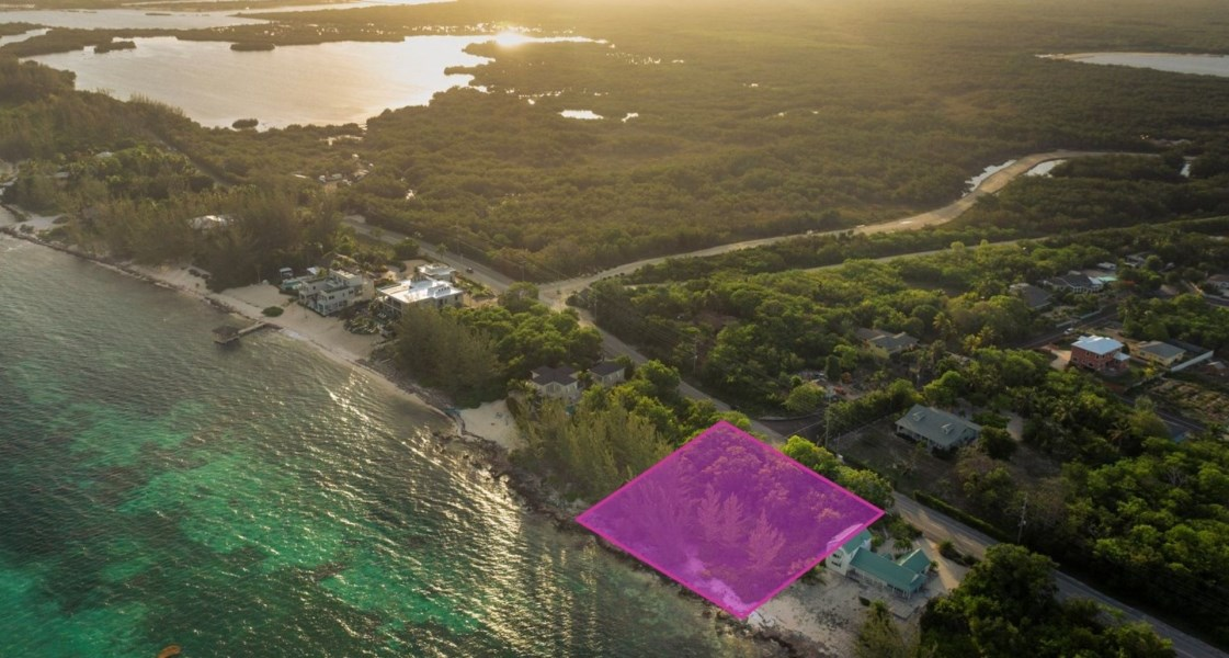 RE/MAX real estate, Cayman Islands, Breakers, Freehold - Rare, large 0.97 acr
