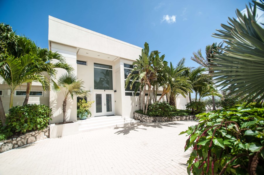 RE/MAX real estate, Cayman Islands, North Side, The Beach House @ Rum Point