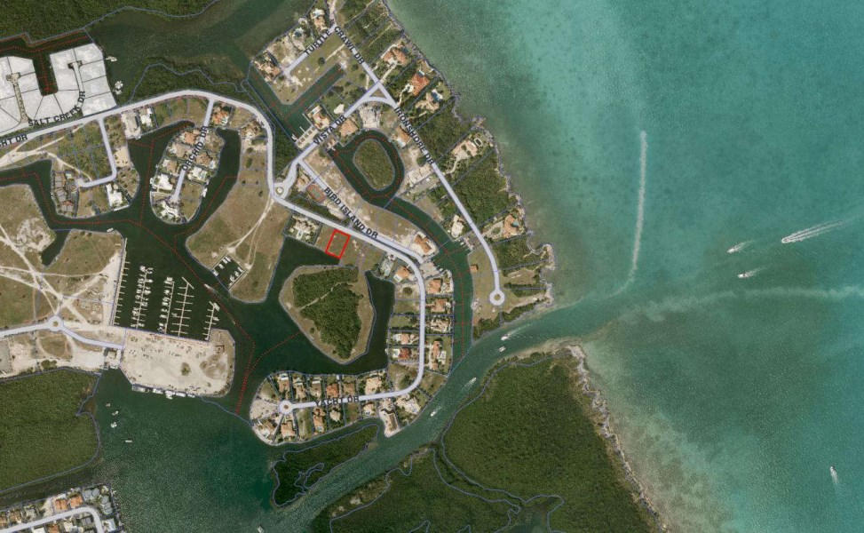 RE/MAX real estate, Cayman Islands, W Bay Bch North, Yacht Club Canal Lot