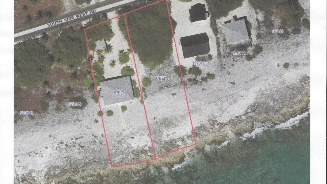 "RE/MAX real estate, Cayman Islands, Cayman Brac West, ""Sea Cat"" Beach House on 200'"