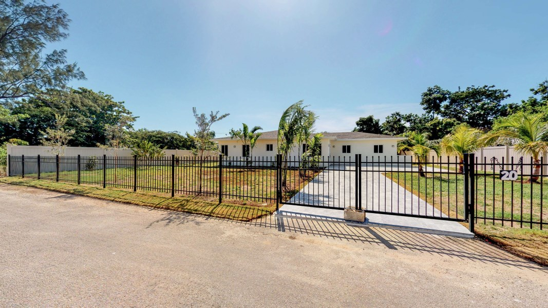 RE/MAX real estate, Cayman Islands, George Town South, VILLA KOI - VILLA KOI IS ESSENTI