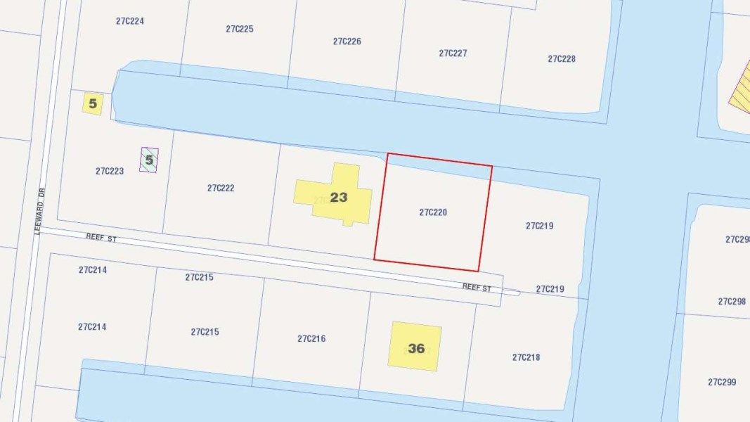 RE/MAX real estate, Cayman Islands, Savannah, North Sound Estates, Reef St. canal lot