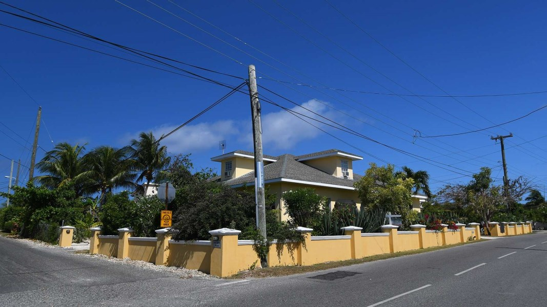 RE/MAX real estate, Cayman Islands, W Bay Bch West, Ironshore House