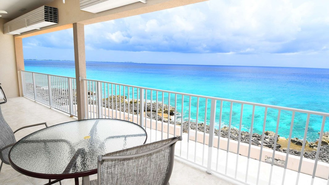 RE/MAX real estate, Cayman Islands, W Bay Bch South, Waterfront Penthouse