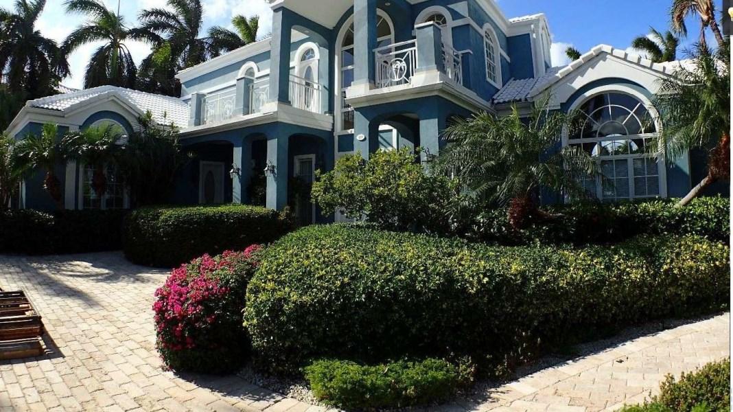 RE/MAX real estate, Cayman Islands, W Bay Bch South, Britannia Estates Home