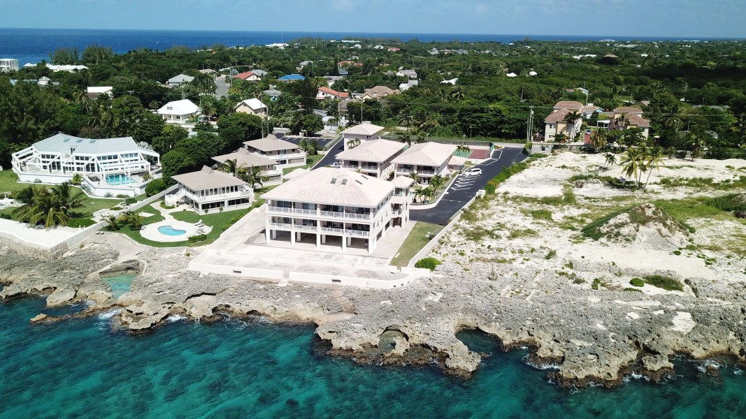 RE/MAX real estate, Cayman Islands, W Bay Bch South, Bonnie's Arch 2 Bdrm First Floor Condo