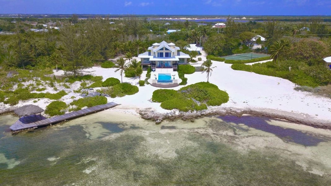 RE/MAX real estate, Cayman Islands, Bodden Town, Pease Bay - Prime Oceanfront Development Site with Beach Front Estate
