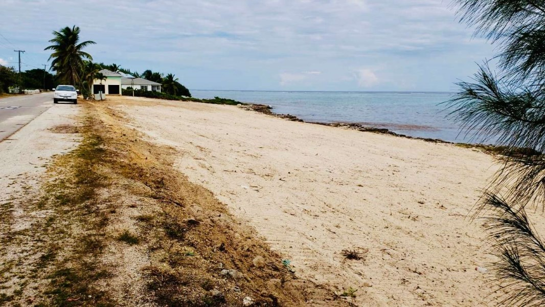 RE/MAX real estate, Cayman Islands, Colliers, Sand Bluff - Ocean front Lot 1