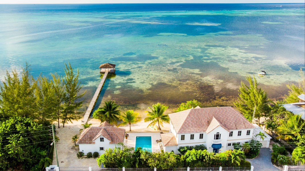 RE/MAX real estate, Cayman Islands, Midland East, Ocean Reach Beachfront Home