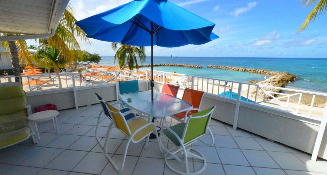 RE/MAX real estate, Cayman Islands, W Bay Bch South, Freehold - Upgraded and improve