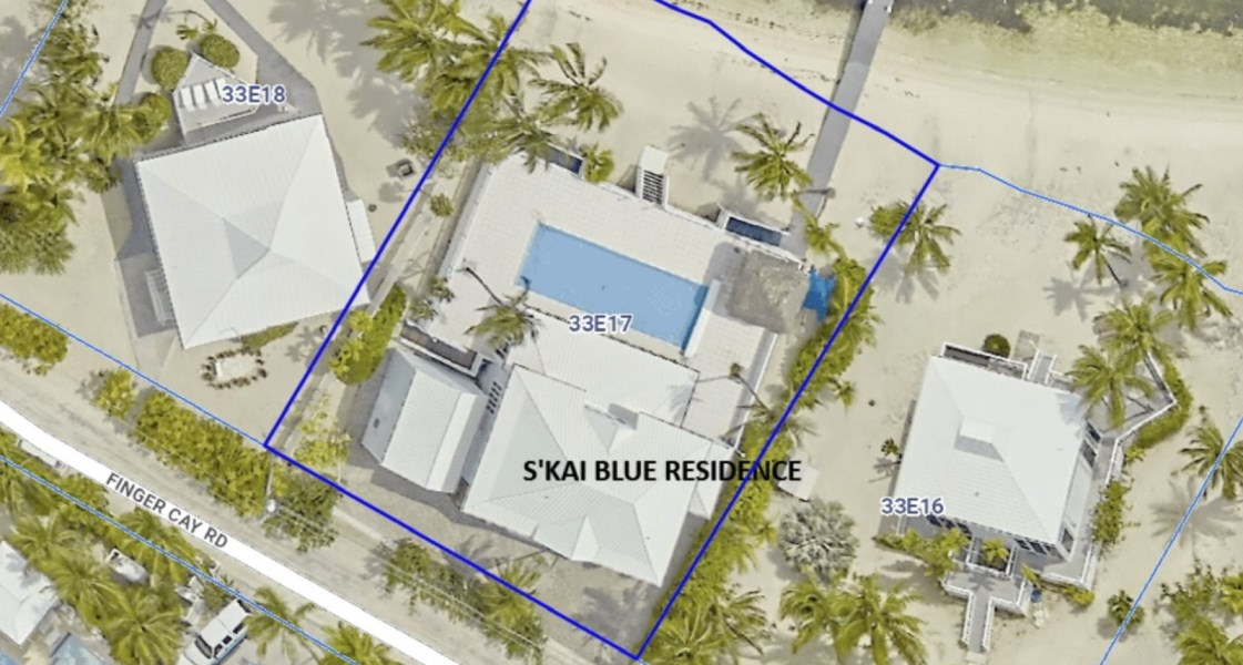 RE/MAX real estate, Cayman Islands, Rum Point, Freehold - This is really a stu