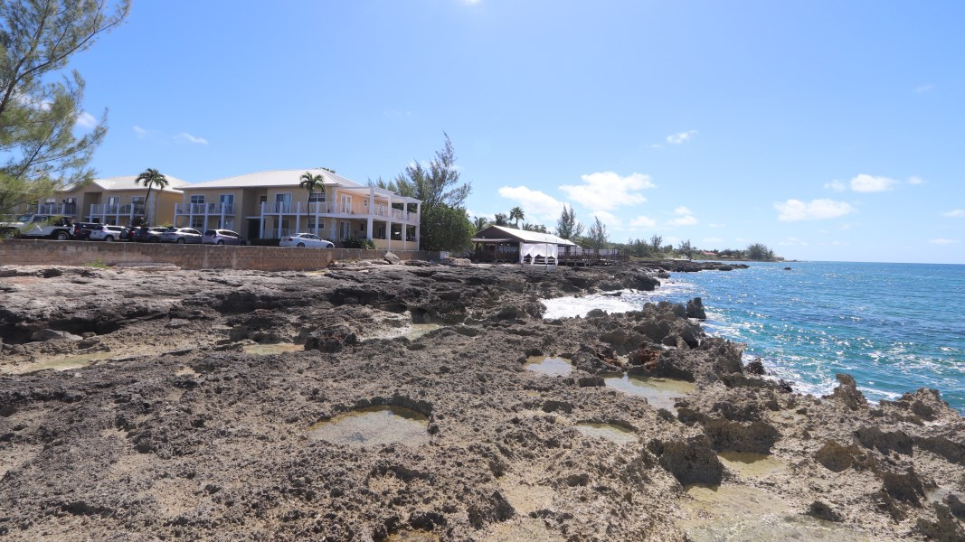 RE/MAX real estate, Cayman Islands, South Sound, Caribbean Court