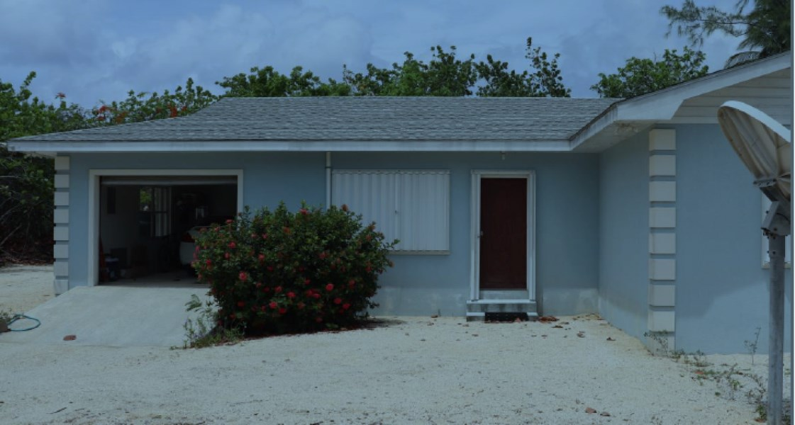 RE/MAX real estate, Cayman Islands, Cayman Brac Centr, Freehold - This property is cen