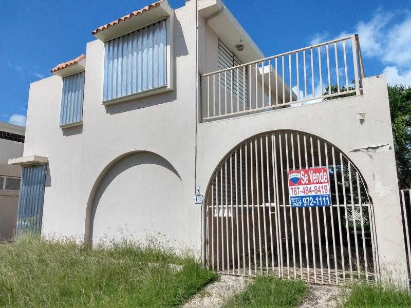 RE/MAX real estate, Puerto Rico, Villa Olimpia,  Urb. Villa Olimpia, Barrio Susúa Baja, Yauco