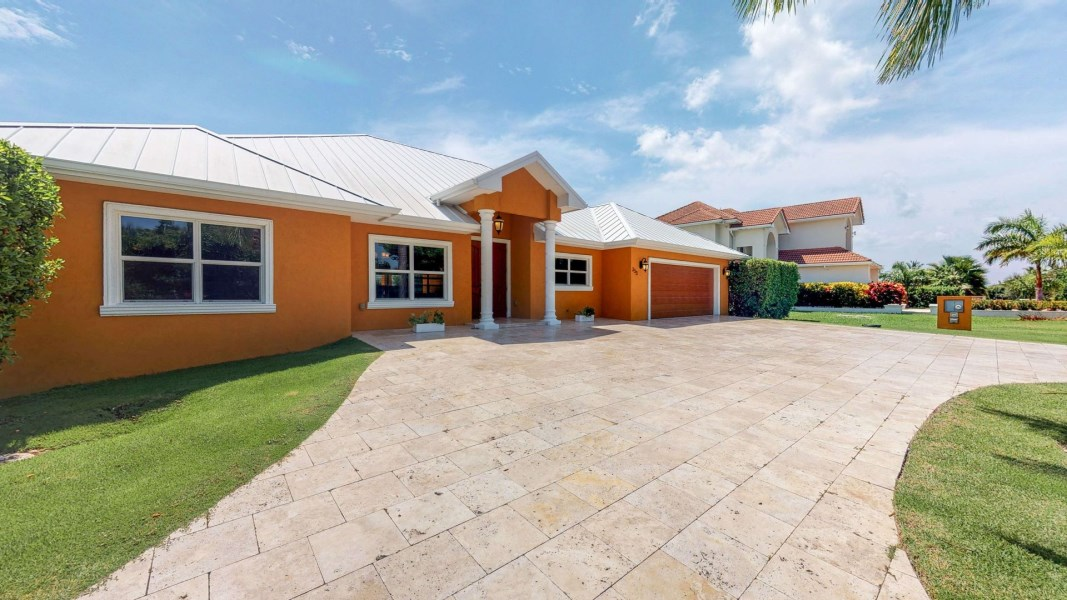 RE/MAX real estate, Cayman Islands, Prospect, Leasehold - Located in one of Ca