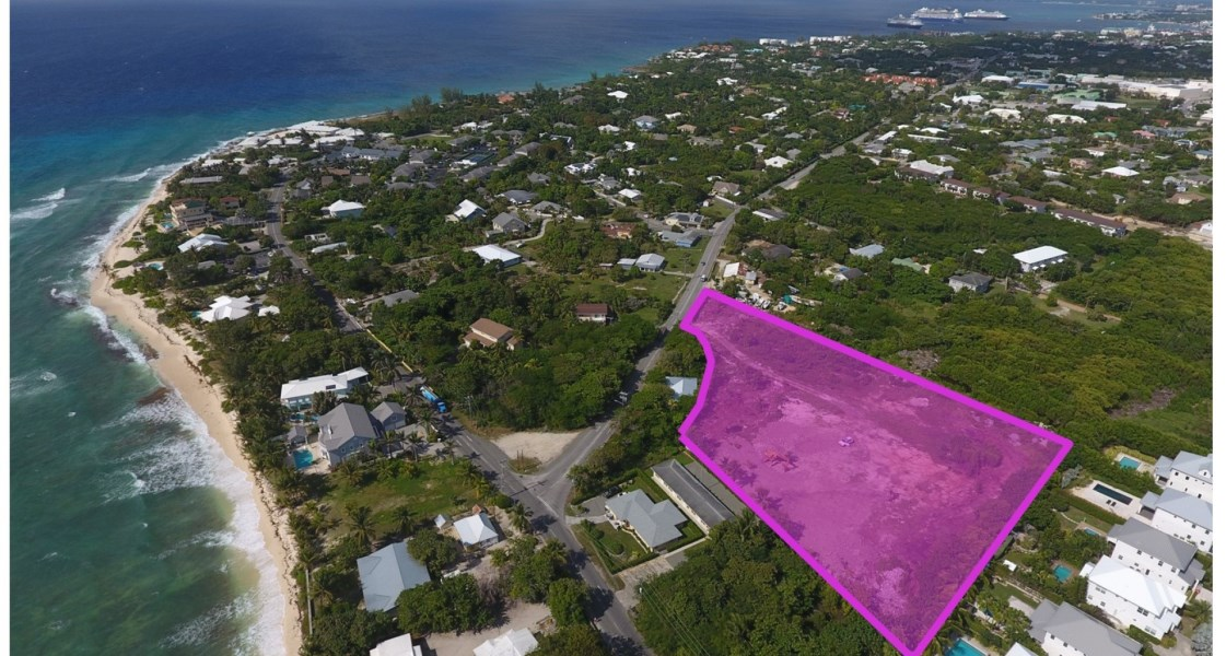 RE/MAX real estate, Cayman Islands, South Sound, Freehold - Located within walki