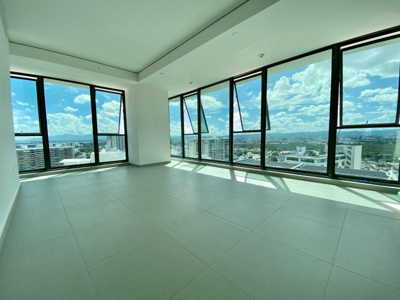 RE/MAX real estate, Puerto Rico, Santurce, Exquisite apartment for RENT in Ciudadela, Santurce