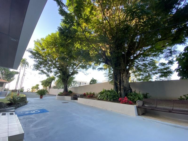 RE/MAX real estate, Puerto Rico, San Juan, Cond La Arboleda, San Juan