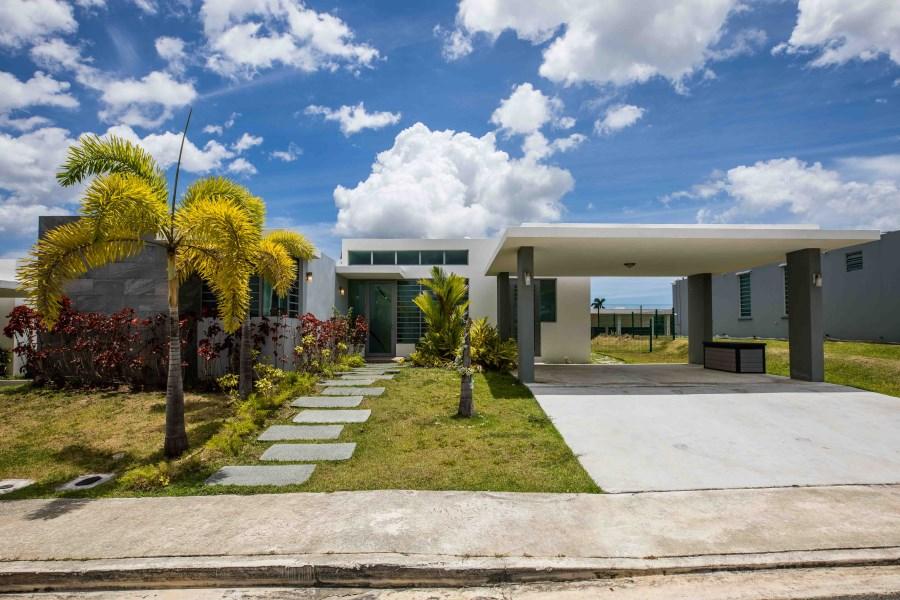 RE/MAX real estate, Puerto Rico, Alt De Bucabarones, Urb Gran Vista, Toa Alta