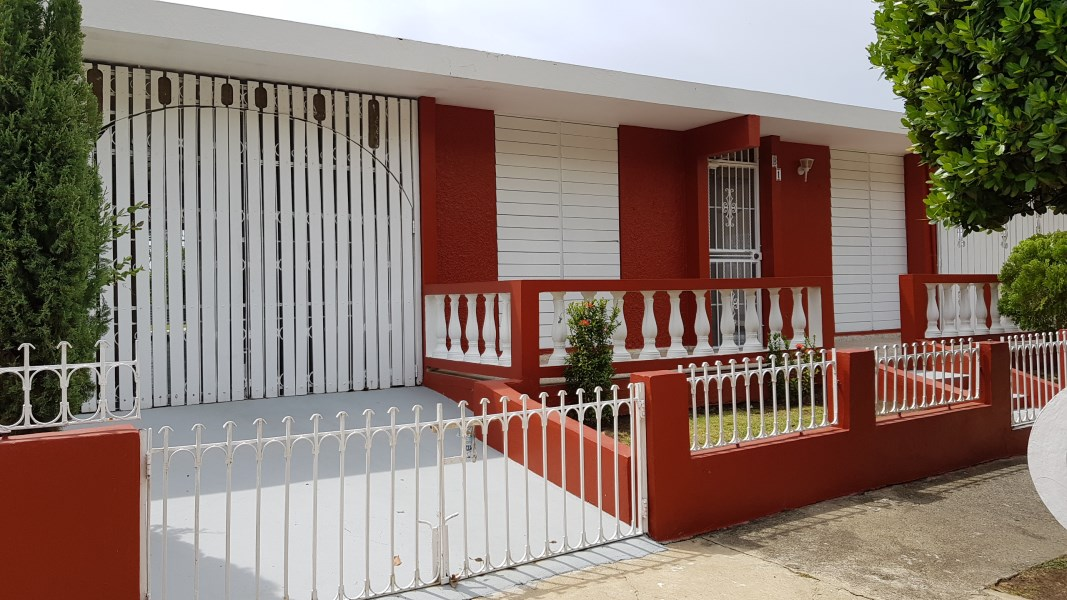 RE/MAX real estate, Puerto Rico, URB Bello Horizonte, Home for Sale in Guayama, Puerto Rico | Bello Horizonte Calle 6 B1