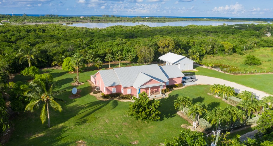 RE/MAX real estate, Cayman Islands, North Side, Freehold - Mango Tango is a bea