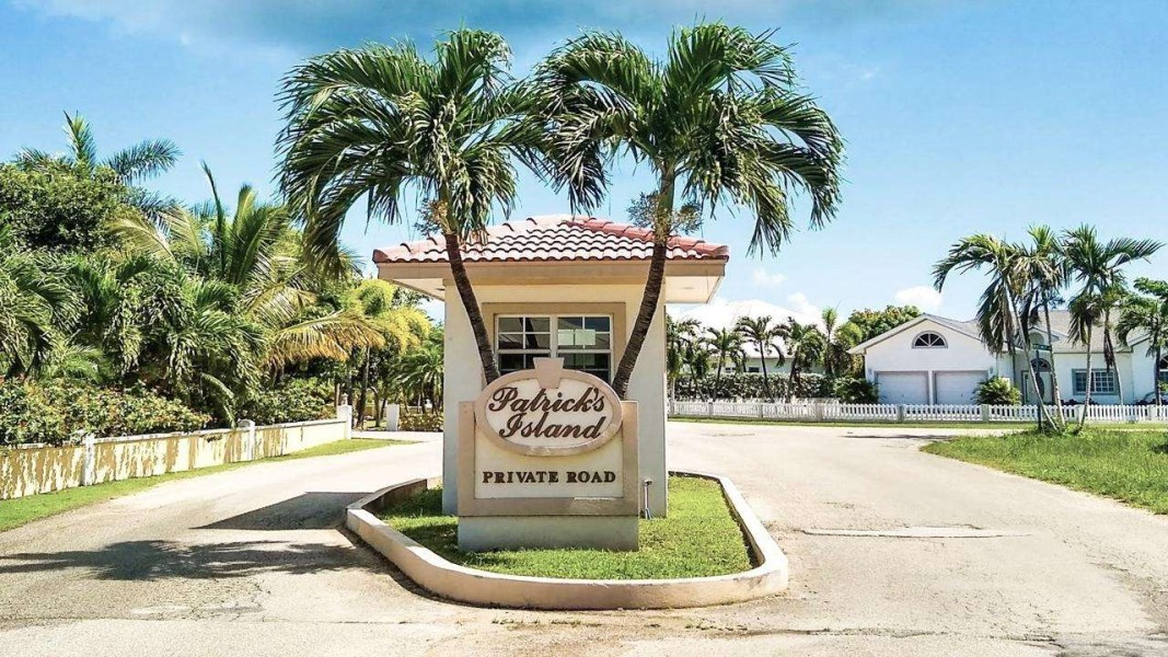 RE/MAX real estate, Cayman Islands, Spotts, Patricks Island Canal Lot Prime Location on Amity Street