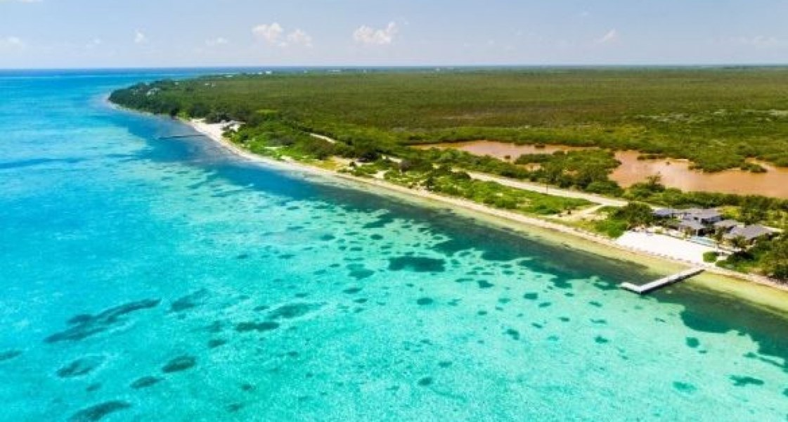 RE/MAX real estate, Cayman Islands, Colliers, Leasehold - Very unique destinat