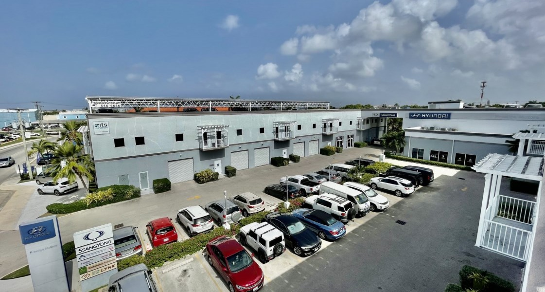 RE/MAX real estate, Cayman Islands, George Town, Freehold - Second floor commerc