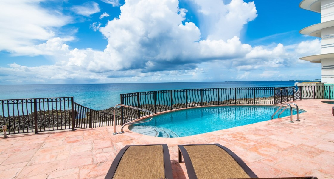 RE/MAX real estate, Cayman Islands, George Town South, Freehold - Spacious 2 bedroom,