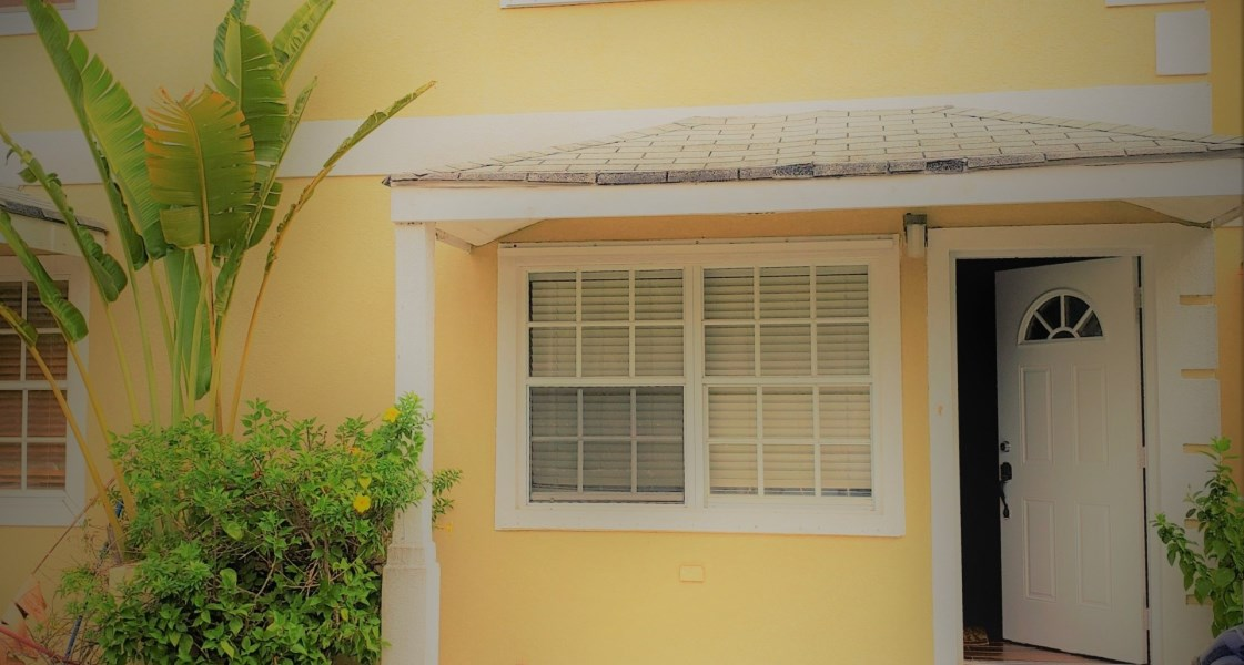RE/MAX real estate, Cayman Islands, Spotts, Leasehold - Enjoy living in this