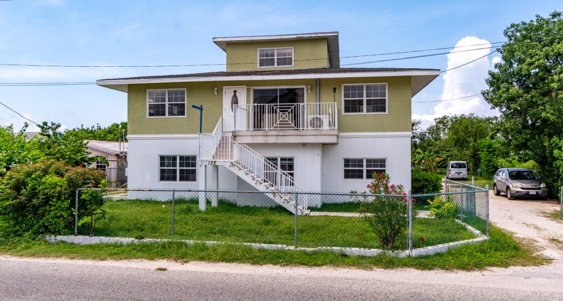 RE/MAX real estate, Cayman Islands, W Bay Bch South, Freehold - Welcome to 122 NW Po