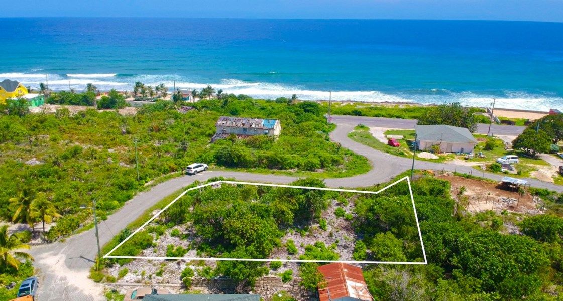 RE/MAX real estate, Cayman Islands, East End, Freehold - Now is your chance t