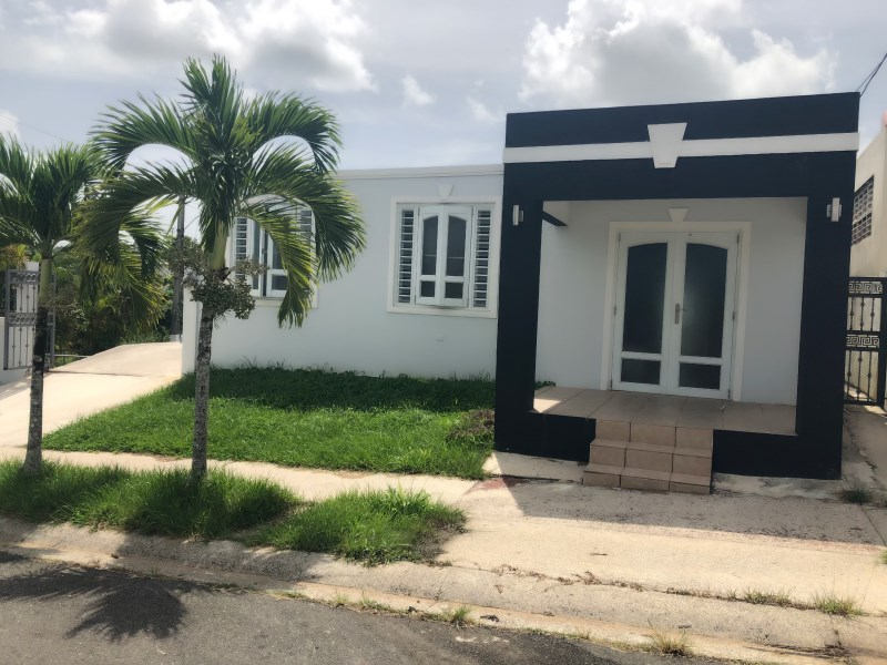 RE/MAX real estate, Puerto Rico, Cidra, Urb. Villas del Bosque, Cidra